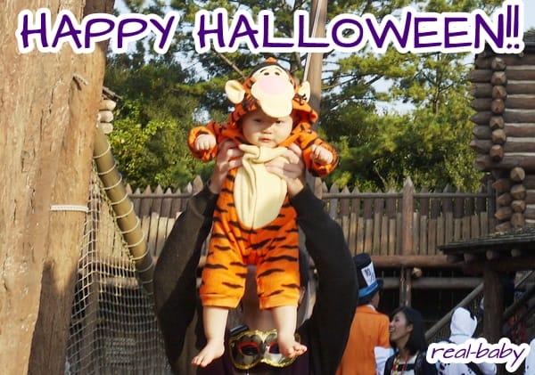 ハロウィンなので赤ちゃんに仮装してもらいました♪
